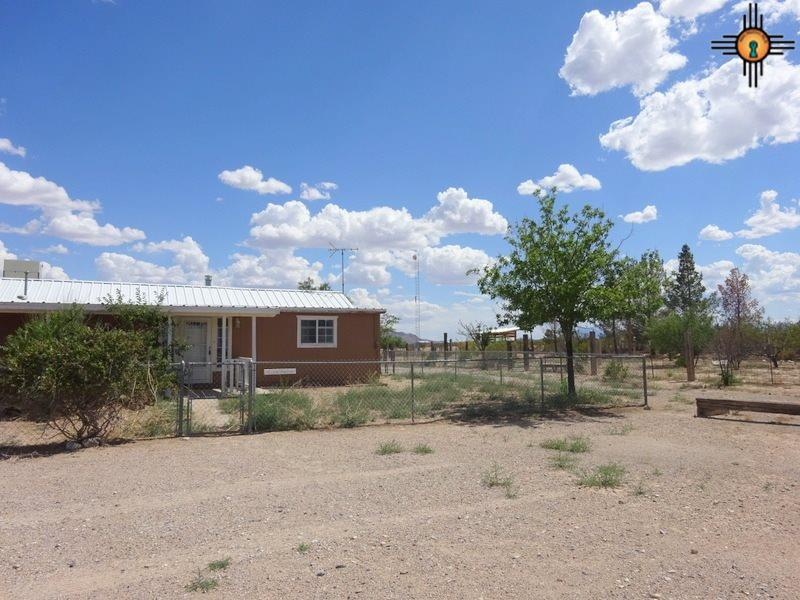 18 Alfalfa Alley Off Goat Camp Road, Cotton City Animas, NM 88020