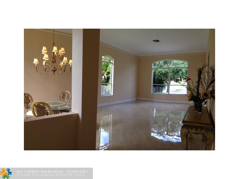 4354 NW 81ST TER Coral Springs, FL 33065