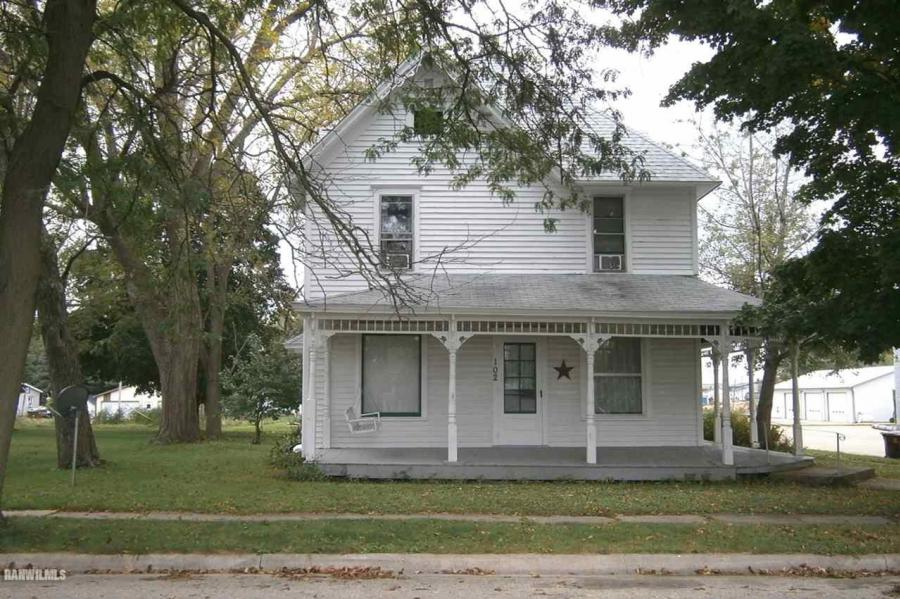 102 S Chestnut Shannon, IL 61078